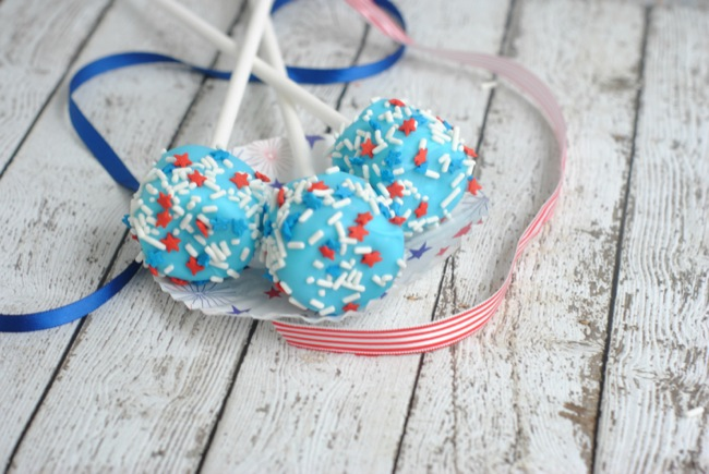 Patriotic Marshmallow Pops - July 4th