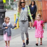 Sarah Jessica Parker Strolls in the Big Apple With Her Daughter