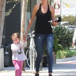 Kimberly Stewart And Her Daughter Delilah Stop For A Healthy Juice Break (Photos)