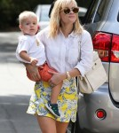 Reese Witherspoon Takes Tennessee To A Baby Class