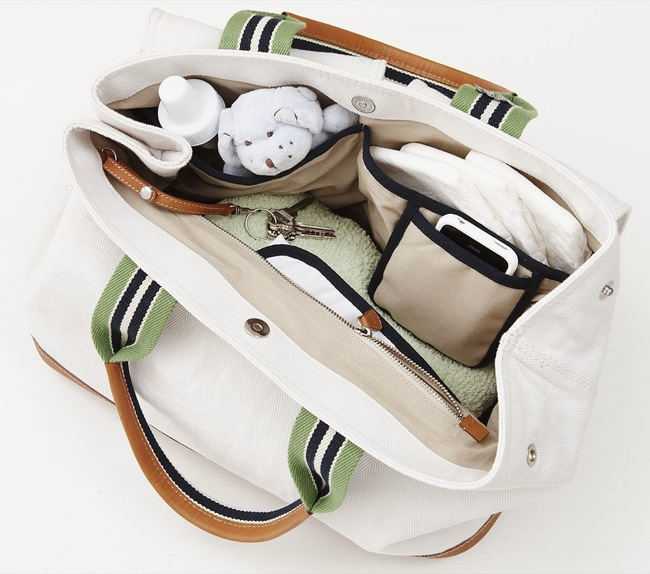 How to Organize a Diaper Bag