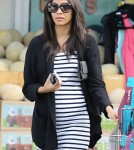 Zoe Saldana Grocery Shopping At Whole Foods