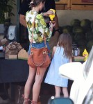 Alessandra Ambrosio Stops For Lunch With Anja