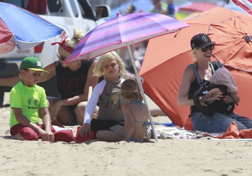 Gwen Stefani & Her Boys At The Beach
