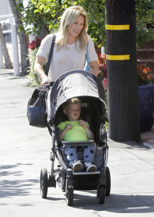 Hilary Duff & Son Shopping At Fred Segal