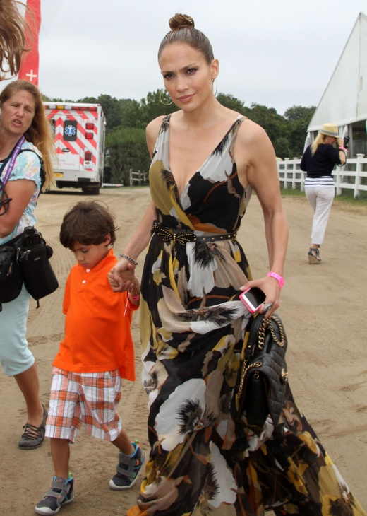 Jennifer Lopez Takes Max & Emme to the 39th Annual Hampton Classic Horse Show