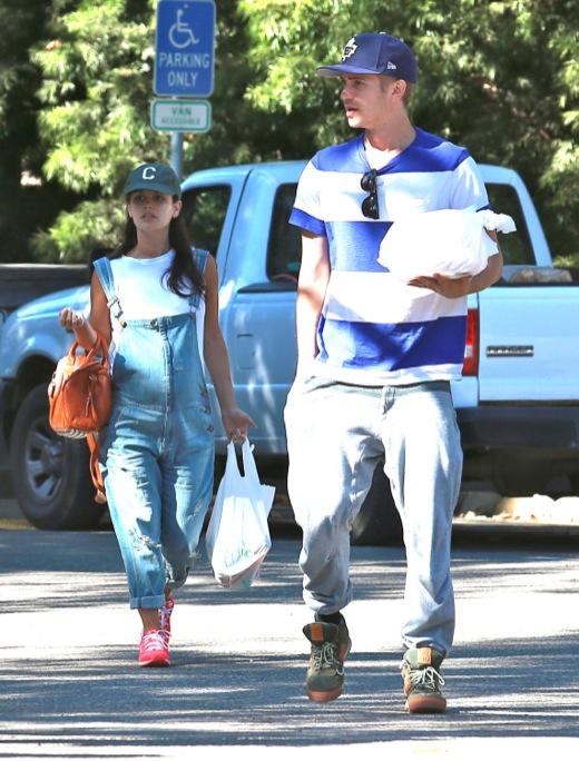 Rachel Bilson & Hayden Christensen Take Camping Babymoon