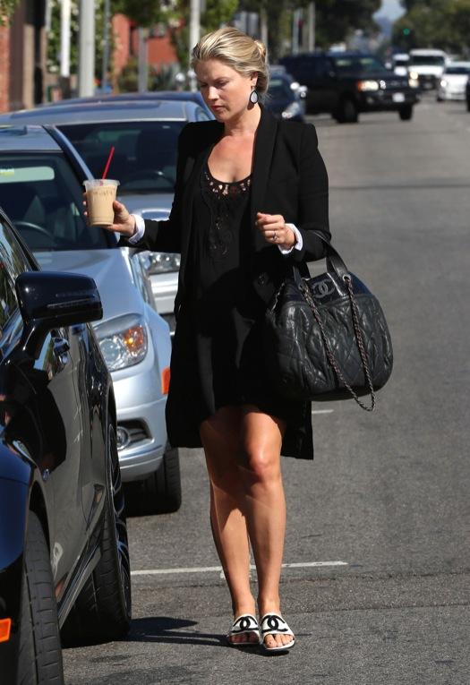 Pregnant Ali Larter Styles In All Black