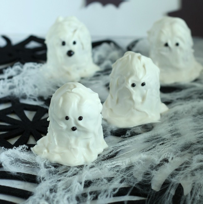 Fun For Kids: Halloween Ghost Twinkies Recipe