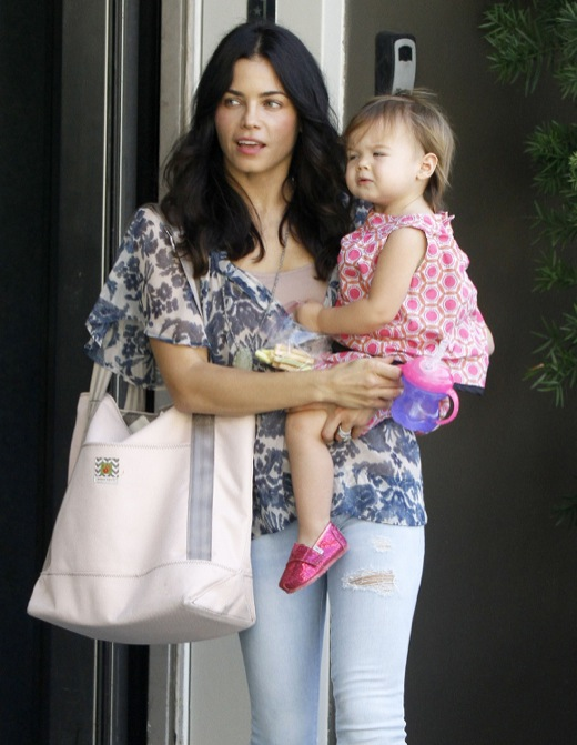 Exclusive... Jenna Dewan Takes Everly To A Baby Class