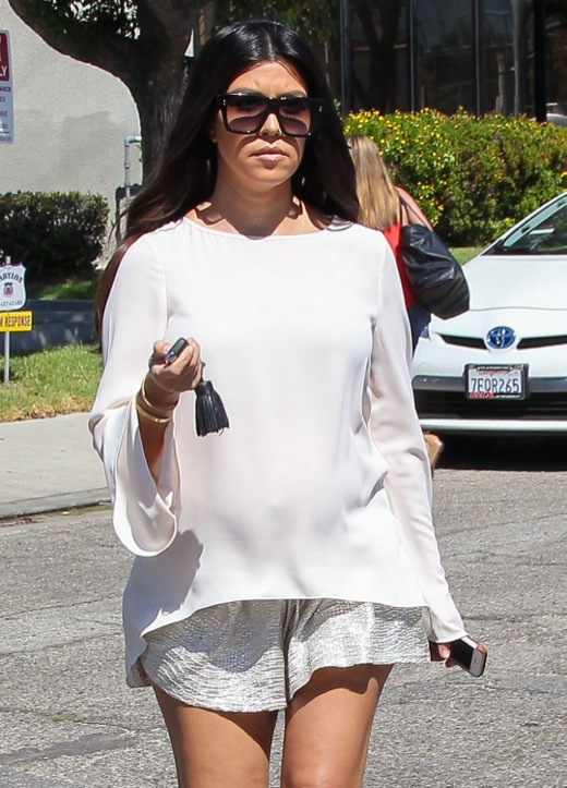 Kourtney Kardashian Stays Stylish While Pregnant