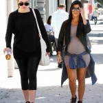 Pregnant Kourtney Kardashian Spends The Day With Her Sister