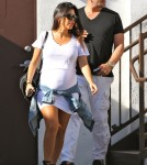 Pregnant Kourtney Kardashian Shops For Her Home