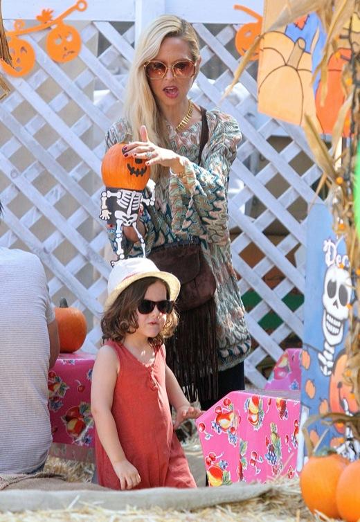 Rachel Zoe & Family Stop By Mr. Bones Pumpkin Patch