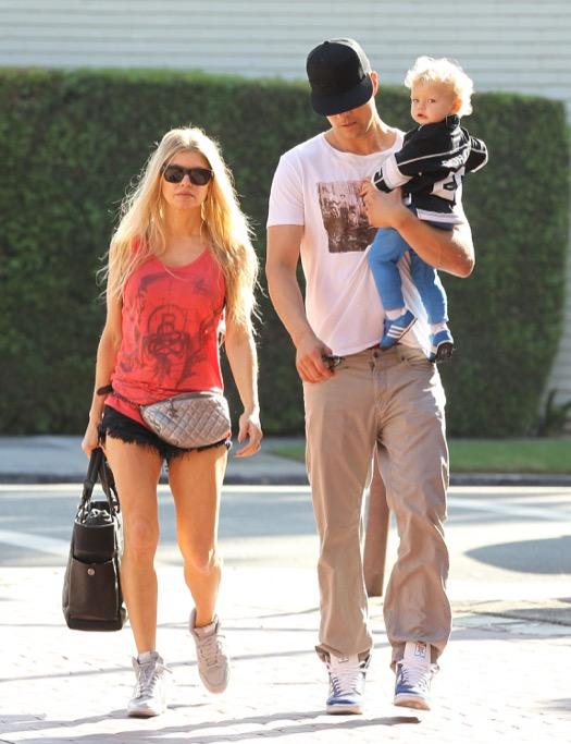 Exclusive... Fergie & Josh Duhamel Take Axl To A Gym Class