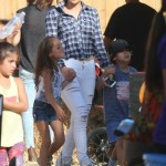 Jennifer Lopez Heads to the Pumpkin Patch With her Twins
