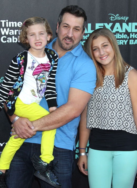 Joey Fatone Walks The Red Carpet With His Daughters