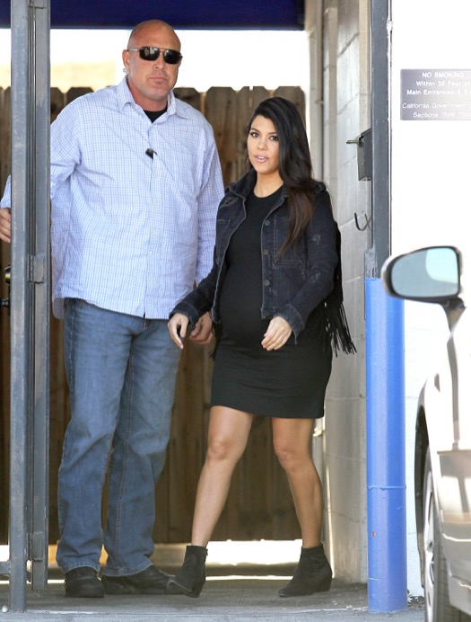 Pregnant Kourtney Kardashian Visits an Office