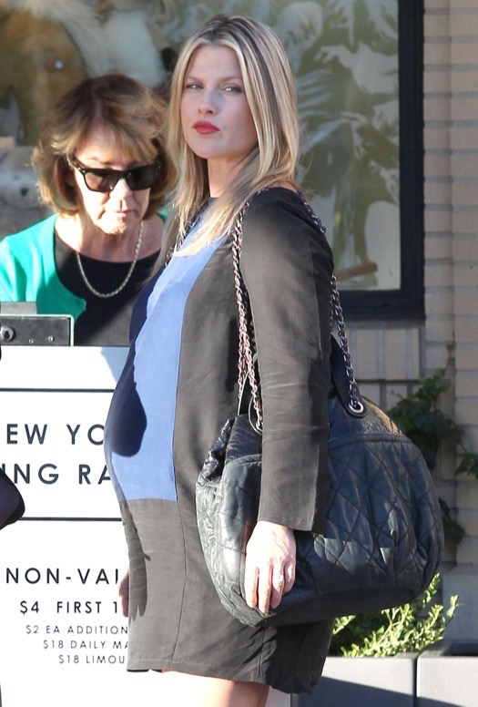 Pregnant Ali Larter Shopping At Barneys New York