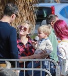 Reese Witherspoon & Family Visit The Farmer's Market