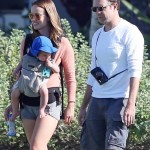 Olivia Wilde & Jason Sudeikis Take a Stroll During Holiday Vacation
