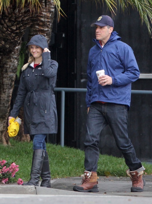 Exclusive... Reese Witherspoon & Jim Toth Step Out With Their Son In The Rain