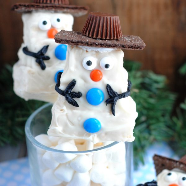 Rice Krispie Treat Holiday Snowman