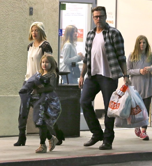 Tori Spelling Shops After the Holidays