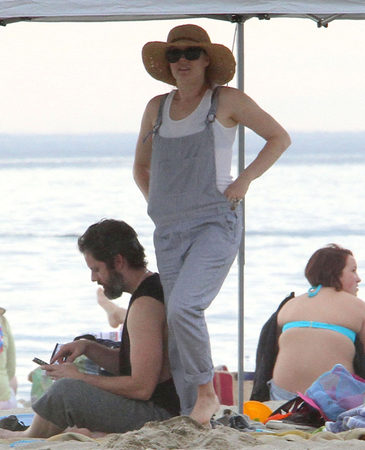 Exclusive... Amy Adams & Family Enjoy A Day On The Beach