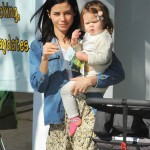 Jenna Dewan Takes Everly to a Baby Class