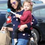 Jenna Dewan-Tatum Runs Errands With Everly