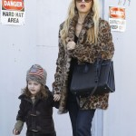 Rachel Zoe Picks Up Frozen Yogurt With Skyler