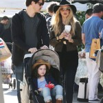 Rachel Zoe & Family Enjoy a Day at the Farmer's Market
