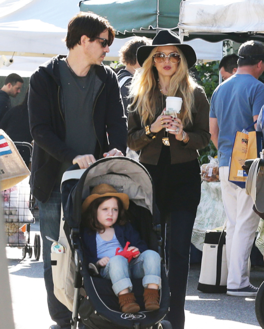 Rachel Zoe Visits The Farmer's Market With Her Family