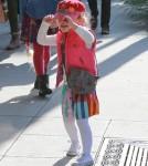 Jessica Alba & Family Go To Brunch