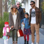 Jessica Alba & Family Enjoy Saturday Brunch