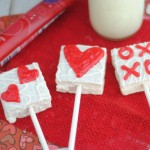 Valentine's Day Vanilla Cake Heart Pops