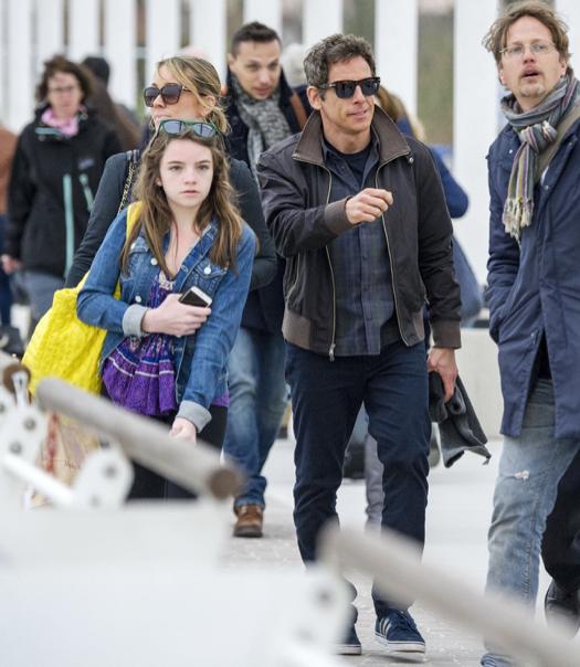 Exclusive... Ben Stiller & Family Arriving In Venice