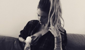 Doutzen Kroes Supports Breastfeeding