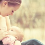 5 Fashion Tips for Breastfeeding Moms