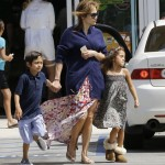 Jennifer Lopez & Casper Smart Head on Easter Vacation