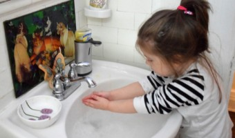 Encourage Healthy Hand-Washing Habits
