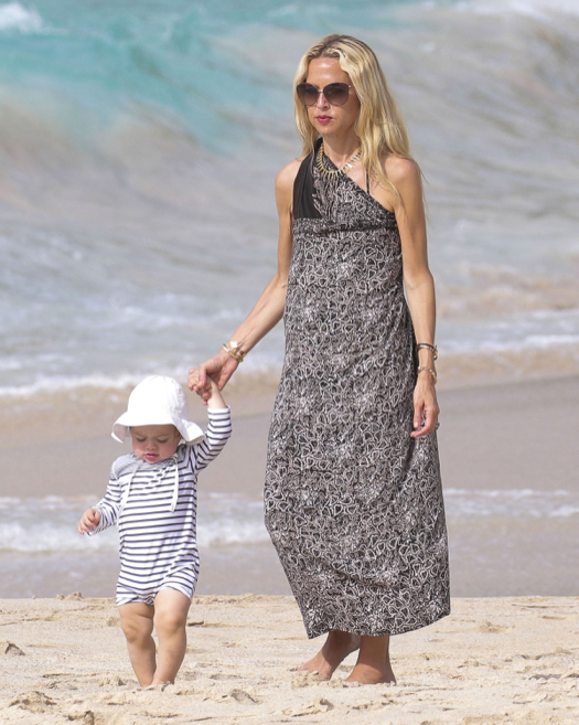 Semi-Exclusive... Rachel Zoe Enjoys A Beach Day In St. Barts With Her Family