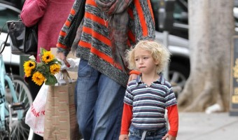 Exclusive... Neve Campbell Takes Caspian To The Farmer's Market