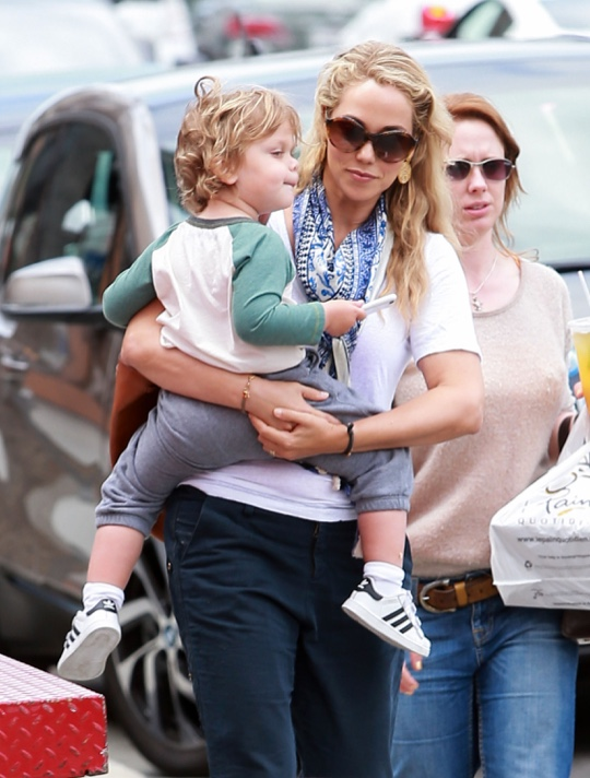 Elizabeth Berkley Takes Her Son To Breakfast