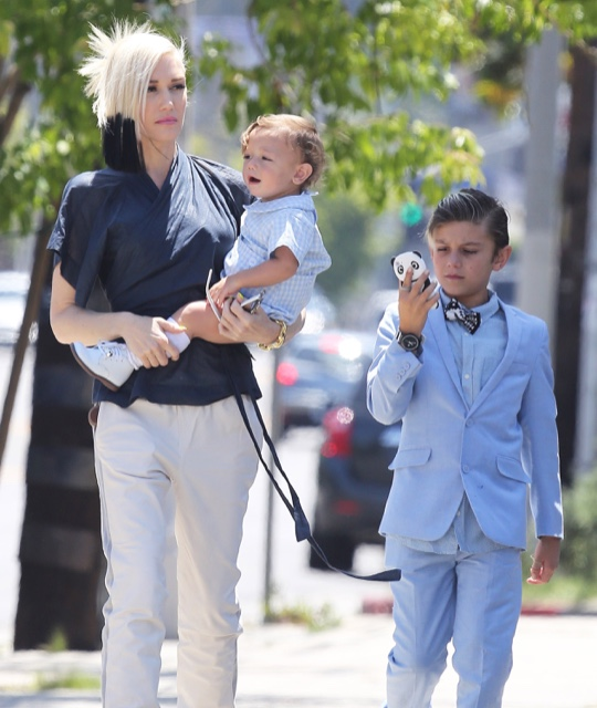 Exclusive... Gwen Stefani Spends Mother's Day At Church With Her Family