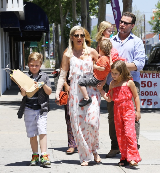 Tori Spelling Spends Mother's Day With Her Family