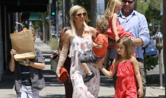 Tori Spelling Enjoys Mother's Day With her Family