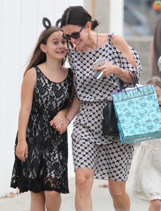 Exclusive... Courteney Cox & David Arquette Attend Coco's Graduation