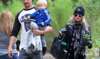 Exclusive... Fergie & Josh Duhamel Take Axl To The Park